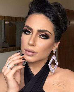 Passada com a beleza dessa maquiagem da @michellypalmamakeup  ----------- Stunning look by @michellypalmamakeup