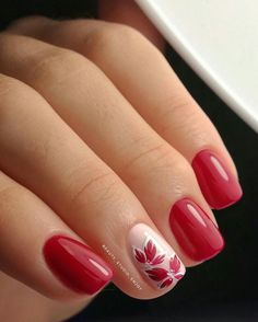 Pretty red and pink nails