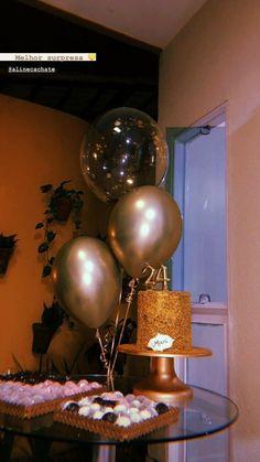 Happy Birthday Decor, 18th Birthday Party Themes, Birthday Party Decorations For Adults, Dinner Party Decorations, Birthday Goals, Home Wedding Decorations, 21st Birthday, Bday Background, Birthday Girl Pictures