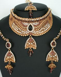 Indian fshion beautiful Amethyst Design Polki Bridal Gold Plated Jewelry Set-11SMBRJ17  http://www.craftandjewel.com/servlet/the-1702/Indian-fshion-beautiful-Amethyst/Detail