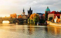 O que visitar em 03 dias por PRAGA? A capital da República Checa é uma das mais deslumbrantes e preservadas cidades da Europa. Praga tem construções de diversos estilos arquitectónicos repletos de história. Várias são as opções de visita: O Castelo de Praga, a Catedral de S. Vito, o antigo Palácio real, a Basílica de …