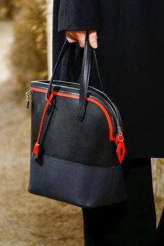Hermès Resort 2019 Collection - Vogue