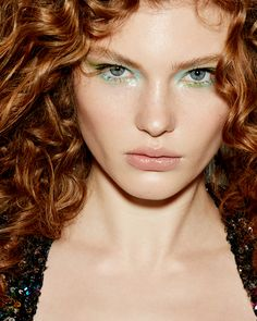 Eyes: Concrete Cian & Green + Sparkles Silver Lips: Concrete Beige + Lip Mask Lip Mask, Winged Liner, Sparkles, Makeup Ideas, Concrete, Lips, Beige, Cosmetics, Green