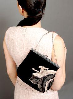 Clutch Fashion Displays, My Design, Bags, Fashion Design, Style, Handbags, Dime Bags, Lv Bags, Purses