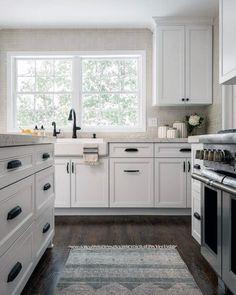 New kitchen wall tiles black white cabinets 62 ideas White Kitchen Cabinet Doors, Kitchen Cabinet Door Styles, Kitchen Door Knobs, Kitchen Hardware, Kitchen Tiles, New Kitchen, White Cabinets, Shaker Cabinets, Kitchen Wood