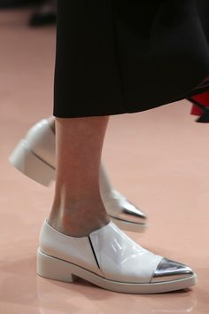 Marni AW 14/15 alice essential footwear for glam formal events when you dont want to wear those heels , the oxford style flats in silver and white are quirky yet demure , great power dressing for feet in aw2014 alice