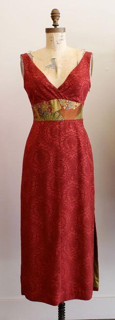 Kimono Textile V-Neck Dress - Love the contrasting waist band and lining