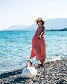 Jura & Drei-Seen-Land - 6 besondere Orte zum Natur genießen - Am Strand von Neuenburg / Neuchâtel Seen, Strand, Cover Up, Bohemian, Beach, Style, Fashion, Mystical Forest, Canoe