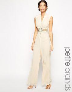 Combinaison avec dentelle col V Jarlo Petite | 17 tenues de mariage inspirées par Solange