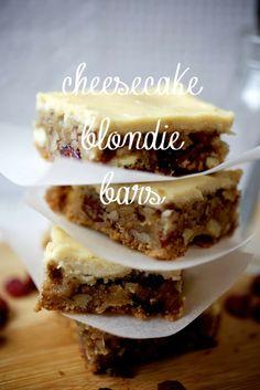 Brown butter cheesecake blondie bars-La vie en cake