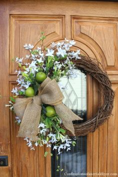 DIY Easter and Spring Wreath & Door Decorations - Think Spring! Bunnies, Butterflies, Flowers to brighten for your front door - Easy to make & adorable! Wreath Crafts, Diy Wreath, Door Wreaths, Diy Crafts, Felt Wreath, Wreath Ideas, Grapevine Wreath, Corona Floral, Deco Floral