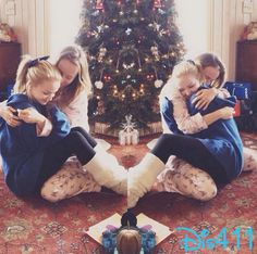 Nice Photo Of Dove Cameron And Her Sister December 25, 2013