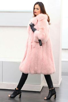 #Pink...it's not just a color, it's an #attitude! From #FashionWeekMilano #Fox #Fur Jacket, #SAGAFUR, #MadeInItaly. http://www.jewelsandfurs.com/web/en/shop/fox/ef001825 #furs #furfashion #pelliccia #furlove #fourrure #mode #мех #мода #luxury #luxus #style #love #amazing #girl #outfit #shopping #jewelsandfurs #beautiful #model #me #smile #photooftheday #follow