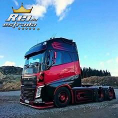 Trucks Only, Big Rig Trucks, Dump Trucks, New Trucks, Custom Trucks, Cool Trucks, Truck Paint, Train Truck, Old Tractors