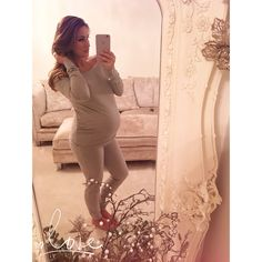 Sam Faiers.. Maternity Grey Lounge-suit c/o Minnies Boutique.. #stylethebump