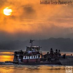 Connecticut  Pic of the Day  09.20.15.  Photographer @jonathansteelephotography  Congratulations! ✨ Tugboat working on the Connecticut River in Middletown, Connecticut.  #scenesofCT #middletownCT #connecticutriver #tugboat #tugboat_lovers #sunset_stream #delightfulnature #nature_brilliance #coastalconnecticut #connecticutgram  #ctvisit #newengland