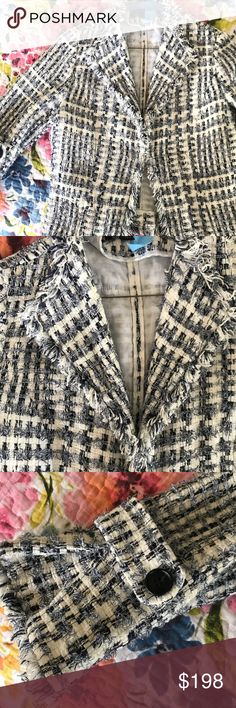 🎉SALE🎉LaFayette 148 Blue Tweed Blazer Absolutely gorgeous! Amazing condition. Lafayette 148 New York Jackets & Coats Blazers
