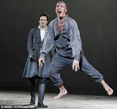 benedict cumberbatch married | Benedict Cumberbatch as the Creature and Jonny Lee Miller as Victor ...