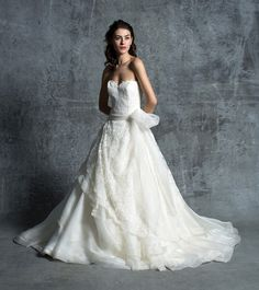 25 Of 2015's Best Wedding Dresses to Fulfill The Fantasies of Every Bride-To-Be