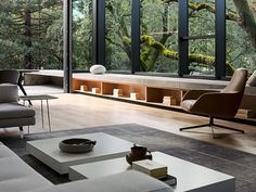 [Room] Tall and spacious living room opening up to a patio and garden surrounded with mature oak trees, Orinda, Contra Costa County, California - Dream house - Garden Floor Modern Interior, Home Interior Design, Interior Architecture, Interior And Exterior, Japanese Interior, Interior Colors, Japanese Architecture, Scandinavian Interior, Contemporary Architecture