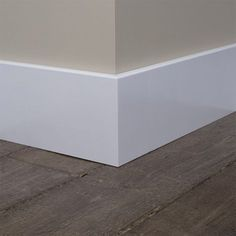 Baseboard styles modern with base molding ideas. Baseboard is the trim that goes along the wall bottom beside the flooring. Different baseboard styles. Hardwood Floors Dark, Home, Skirting Boards, Home Remodeling, Modern, Doors Interior, Interior Trim, House Trim, Modern Baseboards