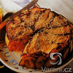 Vynikající zapečené macaroni s lilkem a masem.