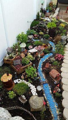 Fairy Garden Pots, Garden Terrarium, Fairy Garden Houses, Gnome Garden, Succulents Garden, Fairies Garden, Mini Terrarium, Fairy Gardening, Garden Cottage