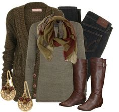 Love this casual winter outfit. Warm and cozy!