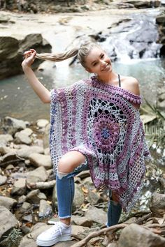 A garment designed to make an impression, the Desert Dreams Poncho crochet pattern takes 2 mandalas (they can be the same, or different - and of your choice) and helps you turn them into a stunning poncho. Intermediate level stitches and techniques Includes my Full of Fans Mandala pattern
