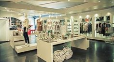 Picking the Product and Target Market - Online Boutique SourceOnline Boutique Source