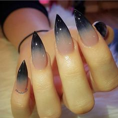 Cool Halloween Nail Art Designs for Creepy Halloween Nails; sweet hello … Cool Halloween Nail Art Designs for Creepy Halloween Nails; sweet hello … For other models, you can visit the category. For more ideas, please visit our homepage. Stiletto Nail Art, Toe Nail Art, Stiletto Nail Designs, Nail Nail, Nail Glue, Black Nail Designs, Claw Nails Designs, Crazy Nail Designs, Gel Nail Art Designs