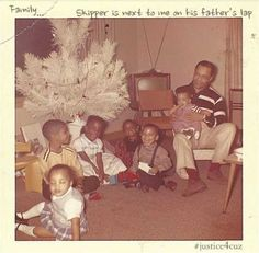 "John Nelson (seated, at right) with his son Prince (Skipper) on his lap, ca. Prince's cousin Charles ""Chazz"" Smith (in suspenders) sits to John's right. Used with the permission of Charles ""Chazz"" Smith. All rights reserved. Prince Images, Pictures Of Prince, Young Prince, My Prince, Baby Family, Family Love, Baby Prinz, The Artist Prince, Young Celebrities"