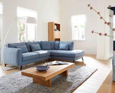 Houd je van basic design én van blauw? Dan is hoekbank Suite sowieso de bank voor jou. Nu afgeprijsd van €1.999 voor €1.599! // via Goossens @ Villa ArenA