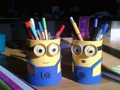 Pen holder, tin can project #minions  Made by Lien Slagmolen