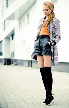 10 Best Thigh socks outfits images | Térdzokni, Hajstílusok