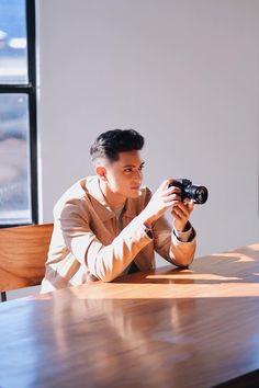 James Reid Wallpaper, Philippine Star, College Boys, Nadine Lustre, Jadine, Attractive Guys, Straight Guys, Korean Men, Baby Love