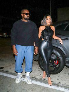 News Photo : Kim Kardashian and Kanye West are seen on July. Kanye West Style, Kanye West And Kim, Kim Kardashian Kanye West, Kardashian Style, Kardashian Wedding, Kardashian Kollection, Kardashian Jenner, Kanye West Fashion, Kardashian Nails