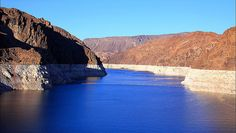 Lake Mead, AZ/NV. Awesome scenery when driving to the Hoover Dam