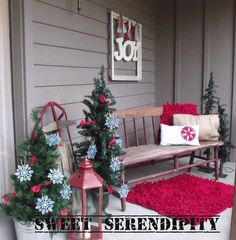sweet serendipity front porch christmas display seriously adorable - Christmas Decorating Ideas Outdoor Benches