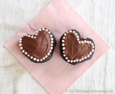 Making little heart-shaped cakes is easy—all you need is a ball of aluminum foil to turn your cupcake into a lovelier version of itself.