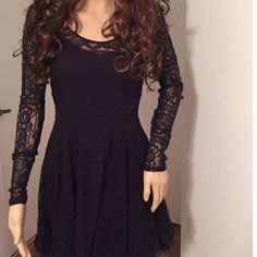 "FREE PEOPLE - NEW - midnight lace armed dress XS Dress is 30"" to the bottom of all the layers. It's a 3 layer dress. Lace,cotton & tulle XS. New - color is black in one light and very dark navy in other light. The tag calls it midnight. Free People Dresses"