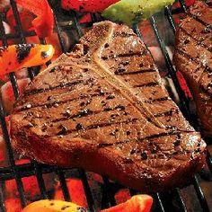 Global CookBook: T-Bone Steak with Whiskey Sauce(American Recipe) Braai Recipes, Beef Recipes, Cooking Recipes, Cooking T Bone Steak, How To Cook Steak, Barbecue, Bbq Rub, Best Cut Of Steak, Pepper