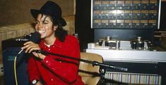 Abortion, Fame, and 'Bad': Listening to Michael Jackson's Unreleased Demos