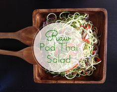 Raw Pad Thai Salad Recipe: 20 mins minutes of total time Thai Recipes, Vegan Recipes, Dinner Recipes, Pad Thai Salad Recipe, Thai Salads, Healthy Eating Recipes, Vegan Food, Favorite Recipes, Vegane Rezepte