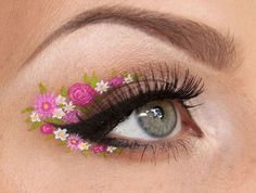 30 stunning (and incredibly creative) eye makeup ideas