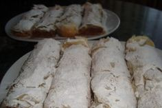 Strudel, Homemade Cakes, Good Food, Dairy, Cheese, Pastries, Tarts, Healthy Food, Homemade Desserts