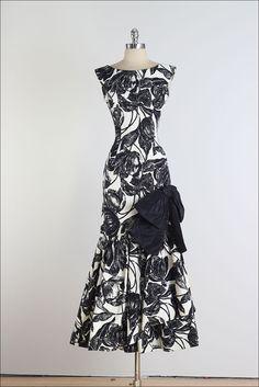 Henry Harris . vintage 1950s dress . cocktail por millstreetvintage