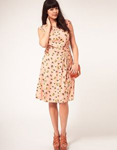 Enlarge ASOS CURVE Exclusive Dress In Pretty Floral #plussize