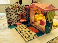 1960's The World of Barbie House