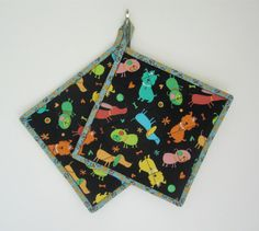 Quilted Potholders Dogs at Play Quilted Hot Pads by ISewTotes